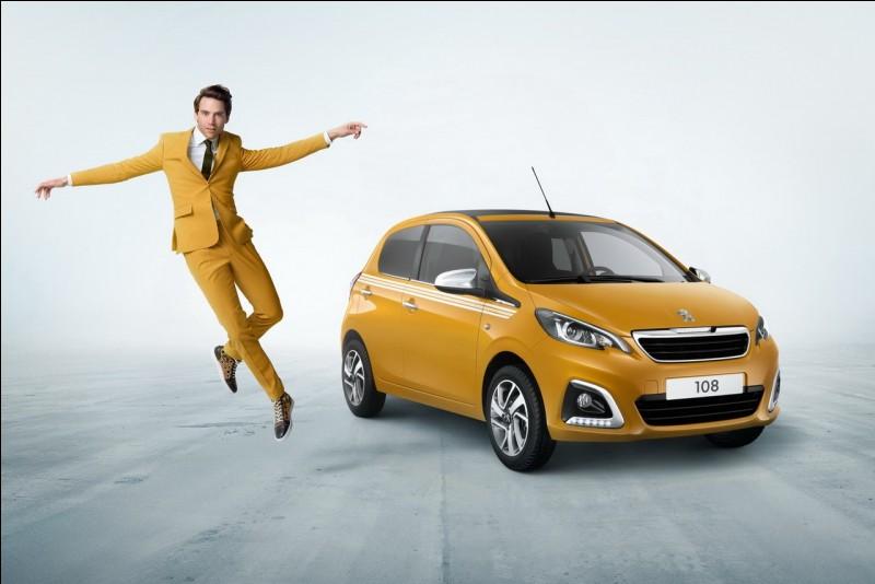 Dans le spot de la 108 Peugeot, on voit Mika porter des costumes assortis aux différents coloris de la voiture en écoutant sa chanson...