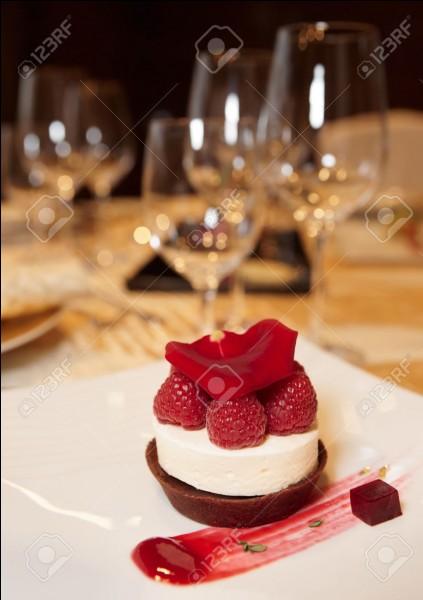 Dans un restaurant chic que prends-tu en dessert ?