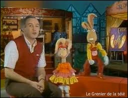 """Qui présentait l'émission """"Croque-vacances"""" accompagné d'Isidore et Clémentine les lapins ?"""