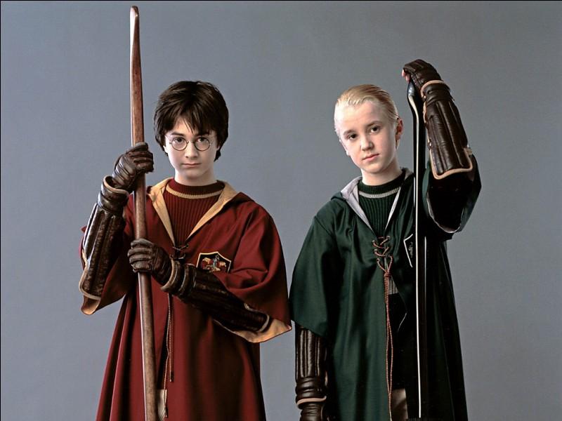 Quel poste de Quidditch occupe-t-il en 2e année ?