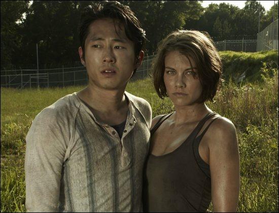 Dans quelle saison Glenn demande-t-il Maggie en mariage ?