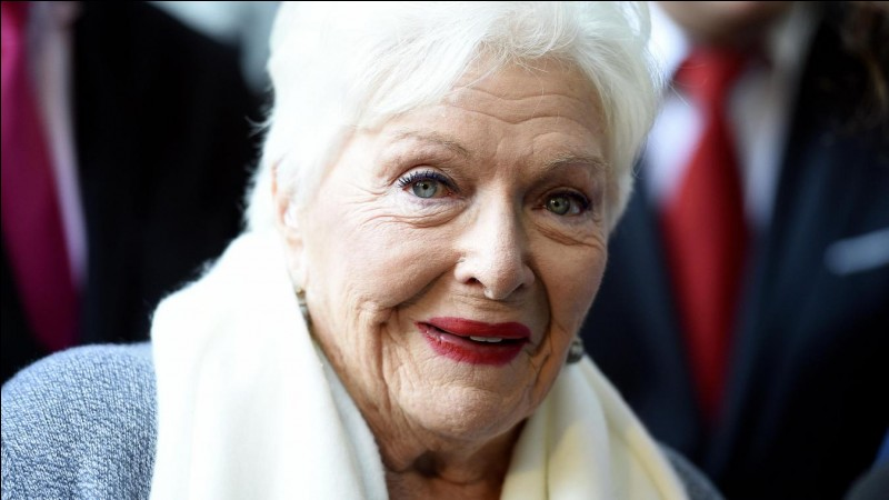 L'actrice Line Renaud soutient quel candidat ?