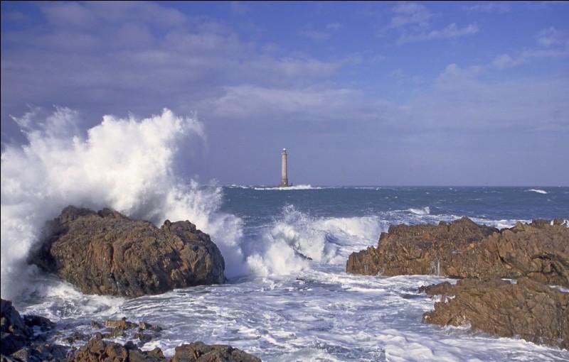Qui fut la première femme à traverser la Manche à la nage ?