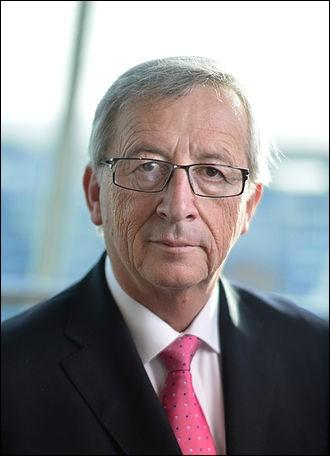 """Ex-président de l'Eurogroupe, Président de la Commission européenne, ex-président de la Banque mondiale, ex-1er Ministre du Luxembourg etc.etc.. M. Juncker a déclaré que les frontières nationales sont """"la pire invention des politiciens"""". Vrai ou faux ?"""