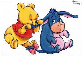 De qui Winnie l'Ourson est-il accompagné sur cette image ?