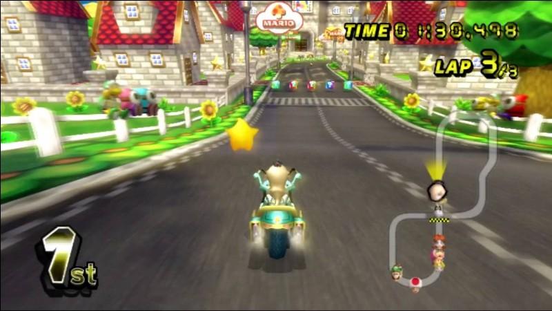 Dans le circuit Mario (Wii), le Chomp peut-il nous avoir si on saute au-dessus de lui (avec la rampe) ?