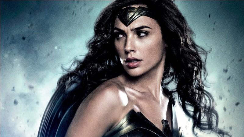 Quelle est l'arme de Wonder Woman ?