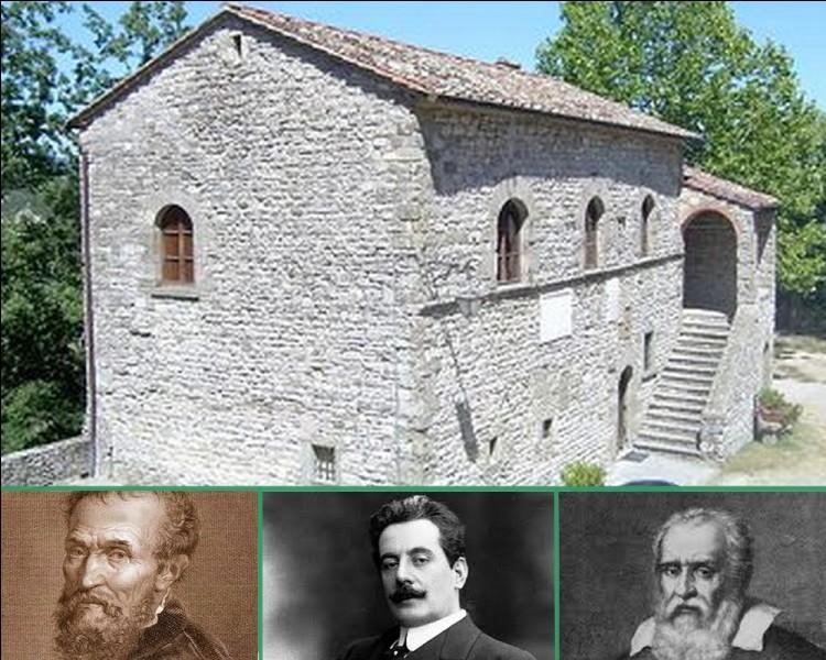 Son père était le magistrat de cette petite cité médiévale. Quel illustre personnage est né au château de Caprese dans la province d'Arezzo en Toscane?