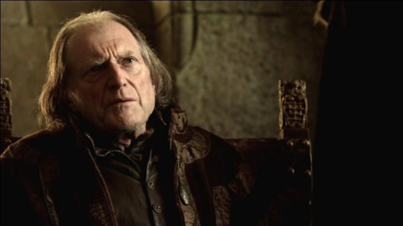 Qui Walder Frey fait-il assassiner ?