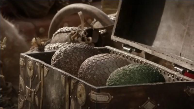 Quels sont les premiers à avoir découvert des oeufs de dragons ?