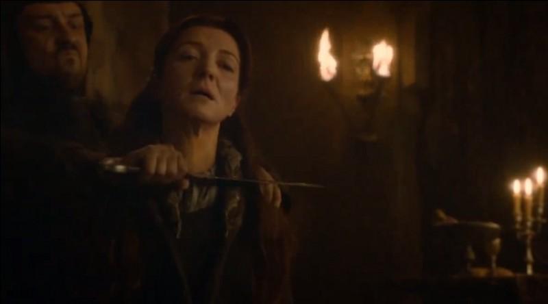 Quels sont les instigateurs de la trahison envers la maison Stark lors des Noces Pourpres (Red Wedding) ?