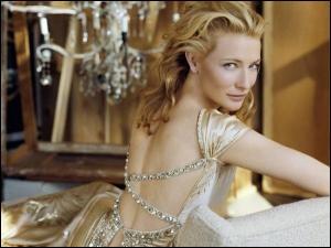 Dans ce clip pour Giorgio Armani, Cate Blanchett dit plusieurs fois ''Si'' ... Normal, c'est le nom du parfum ! Quel moment instrumental d'une chanson de Mika accompagne cette publicité ?
