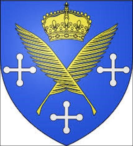 """Préfecture de la Loire de 170 761 habitants, elle fut longtemps connue comme étant la ville française de l'arme, du ruban et du cycle. Son blasonnement se compose ainsi : """"d'azur à deux palmes d'or en sautoir, cantonnées en chef d'une couronne royale fermée du même et de trois croisettes pierrées d'argent deux aux flancs, une en pointe"""". Pourriez-vous me citer le nom de cette commune ?"""