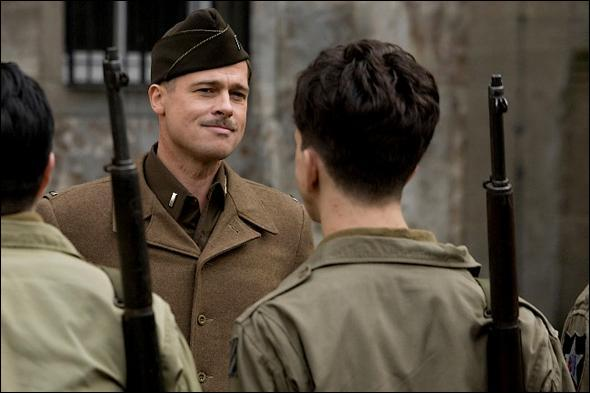 Dans quel film de Q. Tarantino joue Brad Pitt ?