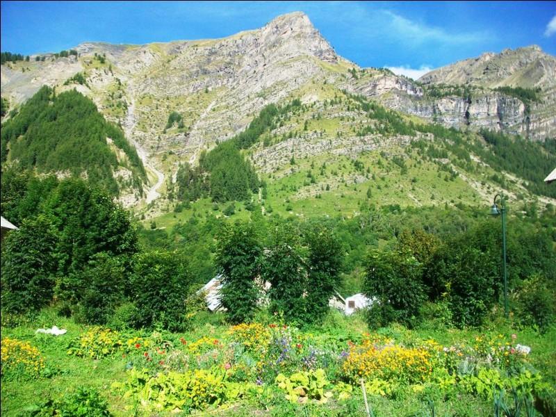 Lequel de ces parcs nationaux français se situe dans le département de la Savoie ?