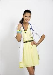 Comment s'appelle l'infirmière ?