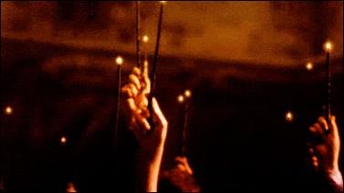 Dans ce même livre, Dumbledore meurt dans le chapitre :