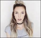 Qui est la youtubeuse qui vit au États-Unis ?
