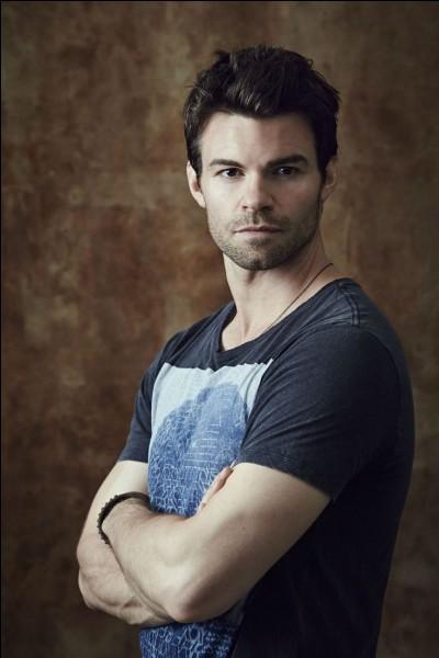 """On va commencer par les acteurs de la série """"The Vampire Diaries"""" et """"The Originals"""".Qui est ce beau gosse?"""
