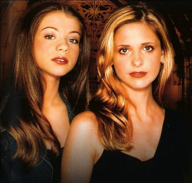 De qui Buffy doit-elle protéger Dawn ?