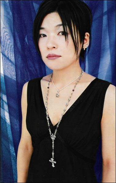 Quel manga a été écrit par Natsuki Takaya ?