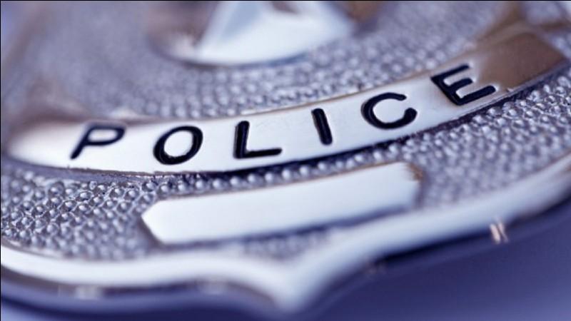 """À quoi vous fait penser le mot """"police"""" ?"""