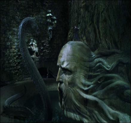 A qui appartenait la tête représentée dans la Chambre des Secrets ?