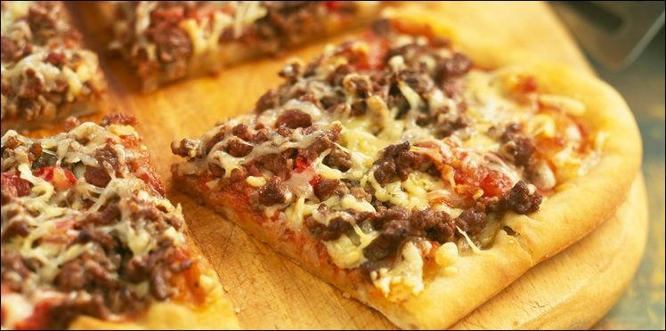 Depuis 1987, un mois entier est dédié à la pizza aux États-Unis. Il est appelé le Mois national de la pizza. À quel mois correspond-il ?