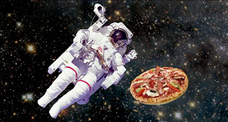 Encore une information surprenante ! Quelle est la première marque de pizzas à avoir envoyé une pizza dans l'espace en 2001 ?