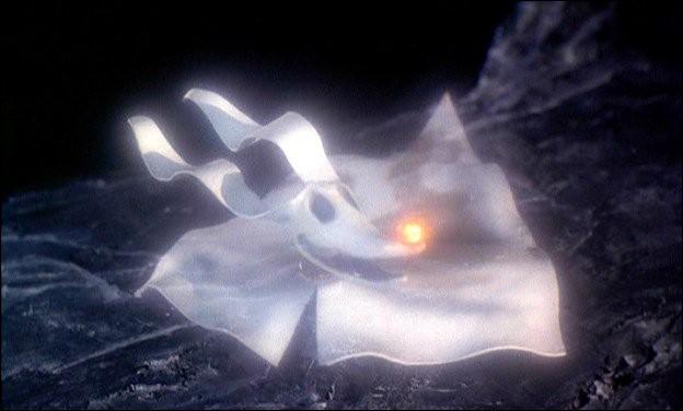 Comment s'appelle ce chien fantôme, fidèle compagnon de Jack Skellington ?