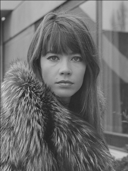 """H - La chanteuse Françoise """"Hardy"""" a travaillé avec l'astrologue français Jean-Pierre Nicola."""