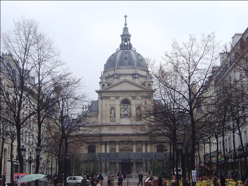 Ayant régné 43 ans, mené plusieurs croisades et soutenu la construction de nombreuses cathédrales en France, j'entreprends également de fonder le collège de Sorbonne, qui deviendra plus tard la célèbre université du même nom. Je suis...