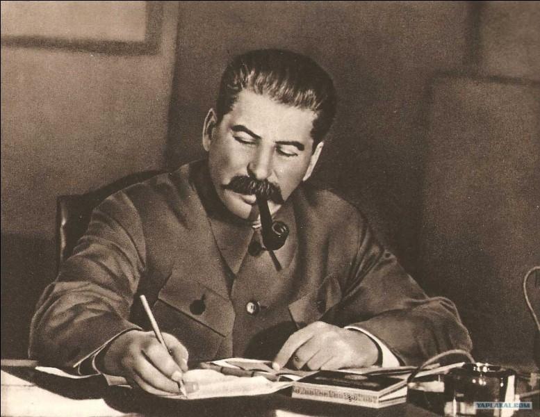 Si je parle de Staline, vous répondez,...