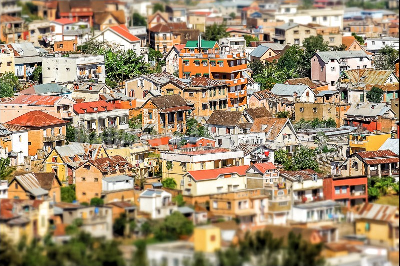 Géographie - Dans quel pays se situe Antananarivo ?