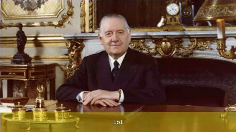 Qui fut l'un des deux premiers ministres de G. Pompidou ?