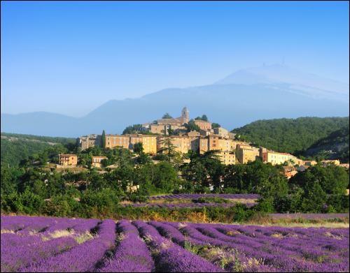 Dans quelle région est situé le département du Vaucluse ?