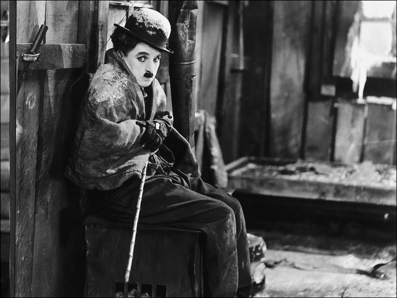 Quel film de 1925 est de Charlie Chaplin avec Charlie Chaplin ?