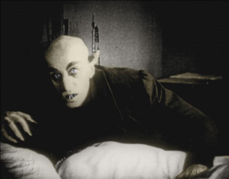 Dans quel film peut-on voir le comte Orlok en 1922 ?
