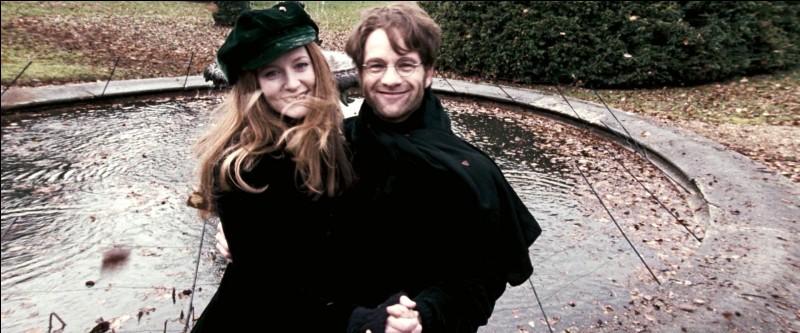 Est-ce la mère ou le père de Harry qui est frère/sœur de la tante Pétunia ?