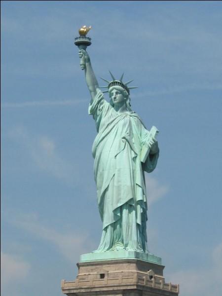 Toujours aux États-Unis, où se trouve la Statue de la Liberté ?