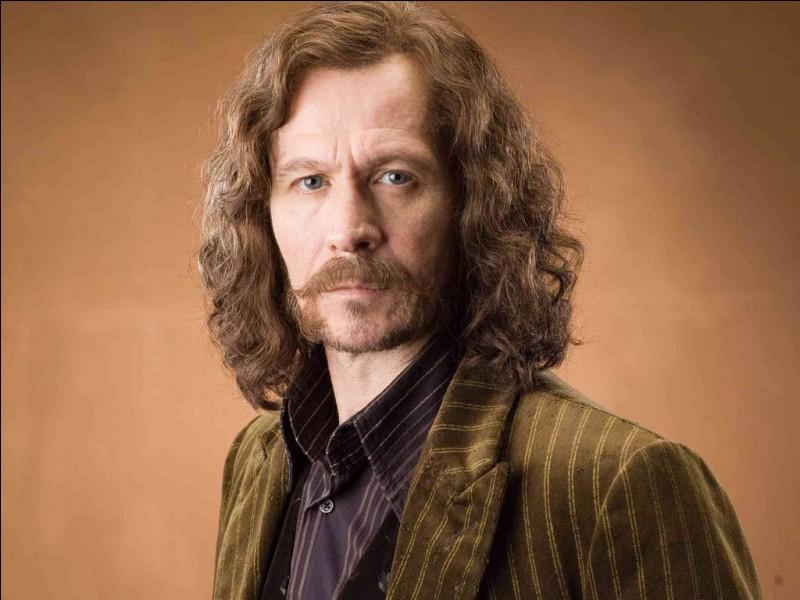 Comment est surnommé Sirius Black ?