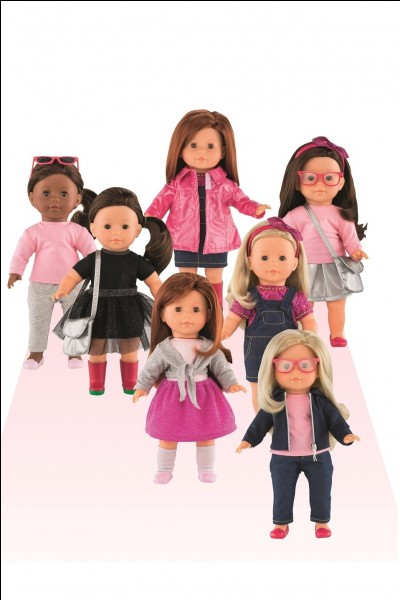 Lisez bien la description.Ces poupées, tu les lui as données au final ou non ?