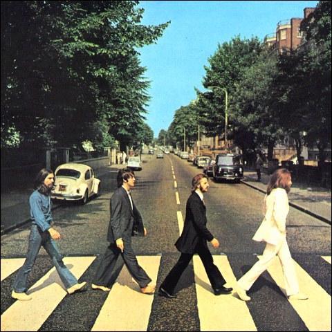 Comment se nomme cet album des Beatles ?