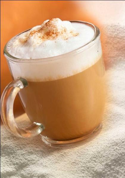 """Le mot """"cappuccino"""" vient de capucin à cause de sa capuche de lait mousseux."""