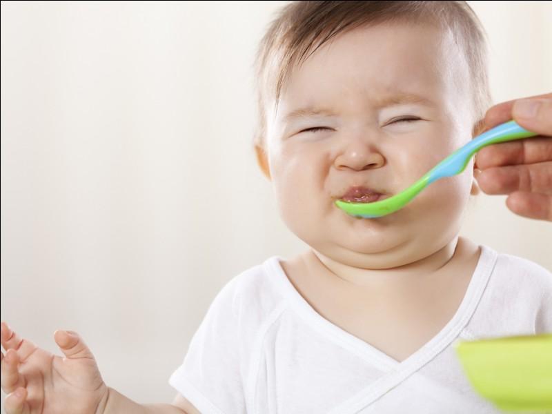 Un bébé fait :