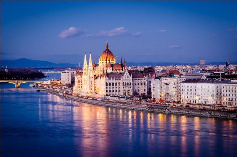 Quelle est la capitale de la Hongrie ?