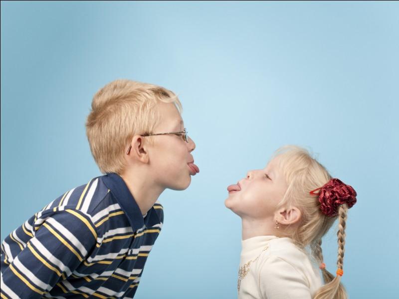 As-tu au moins un frère ou une sœur ?