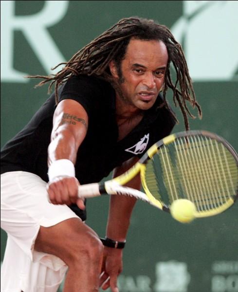 En quelle année Yannick Noah a-t-il remporté le tournoi de Roland-Garros ?