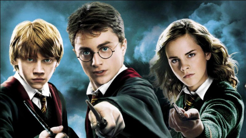 Harry, Hermione et Ron ont ____ de magie.