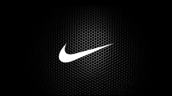 Célèbre marque de chaussures ! Quelle marque se cache sous ce logo ?